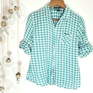 Sandra Ingrish Button Up Green and White Plaid Med